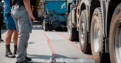 Zakaj je potreben nadzor nad prometom tovornih vozil?